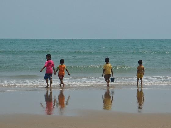 Strandszene (20 km südlich von Hua Hin, Thailand)